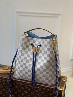 Louis Vuitton Belt, Louis Vuitton Handbags, Hermes Handbags, Replica Handbags, Top Designer Bags, Designer Belts, Designer Handbags, Chanel Purse, Chanel Bags