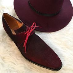 The Arca in suede with an Amaranth patina will be the perfect match to all your burgundy accessories !  #Corthay #Paris #Arca #Suede #Burgundy #Amaranth #Patina #Hat #MadeInFrance #TheFinestShoes #LaCouleurCestCorthay #Shoeporn