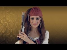 Women's pirate costume makeup tutorial #Halloween #Guide.  Déguisements pirate sur notre site: http://www.feezia.com/catalogsearch/result/?q=pirate