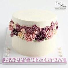 Hatbox flower cake