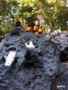 This is Spaaarta!!!!   Geekoteca Labs   Lego