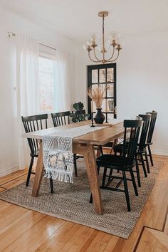 Farmhouse Dining Room, Oak Dining Table, Dining Table, Kitchen Dining Room Combo, Living Room Dining Room Combo, Living Dining Room, Dining Room Small, Home Decor, Home And Living