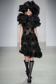 John Rocha Fall 2014 Ready-to-Wear - Collection - Gallery - Style.com