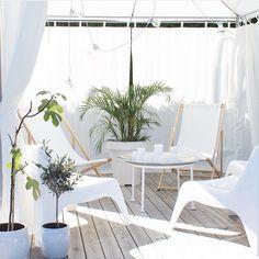 Pergola Ideas For Shade Outdoor Balcony, Outdoor Couch, Outdoor Rooms, Outdoor Living, Outdoor Decor, Porch Garden, Terrace Garden, Garden Spaces, Relax