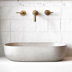 9 Resourceful Cool Tips: Minimalist Home Tour Small Spaces minimalist decor bathroom small spaces.Minimalist Home Style Beds extreme minimalist home tiny house. Bathroom Inspo, Bathroom Inspiration, Bathroom Interior, Modern Bathroom, Small Bathroom, Bathroom Basin, Concrete Sink Bathroom, Interior Inspiration, Bathroom Pics