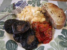 vegetarian breakfast. Roasted tomatoes & fried mushrooms