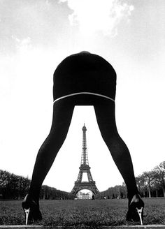 Photo: Pierre Boulat, 1993. Notice the heels of her shoes...