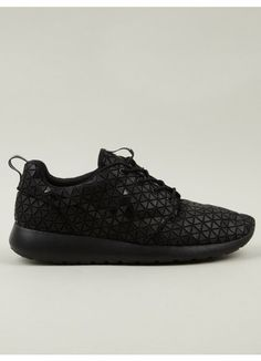 cheap for discount 4ba1a 69ee4 Nike - Roshe Run Metric QS Adidas Shoes Outlet, Nike Shoes For Sale, Nike