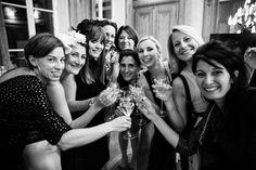 Essayez ! Wedding Photography Inspiration, Crown, Photos, Fashion, Carnival, Young Living, Bridal Shower, Photo Black White, Photography