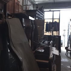pick up 完了  #furniture #brocante #vintage #warehouse #france by 221ave