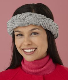 This braided headband in Fettuccini will take minutes to create and look stylish season after season!
