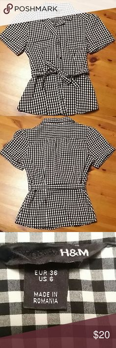 H&M Checkered Short- sleeve Women's Shirt Beautiful checkered short sleeve women's shirt. Design almost look like  pockets  but are not. Tie at the waist. In excellent condition. H&M Tops Blouses