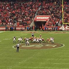 Victory Formation!!! #49ers #Falcons #NFL #LevisStadium #NFL観戦