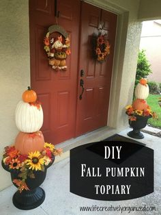This woman lays 6 pumpkins on her table and wait until you see her fall porch idea!