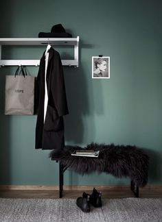 Hall, hal, white, grey, black, wood, blue, green