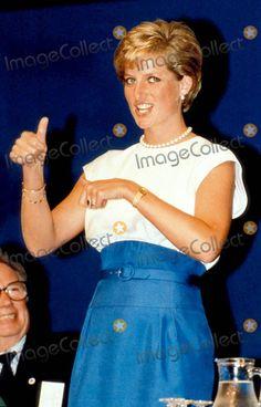 9-8-1990 British Deaf Association Princess Diana Photo by Alpha-Globe Photos Inc