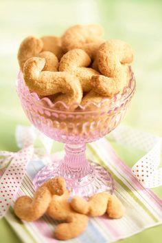 Kaneliässät | K-Ruoka #leivonta #keksit Finnish Recipes, Bread Baking, Sweet Tooth, Cereal, Food And Drink, Gluten, Sweets, Cookies, Dinner
