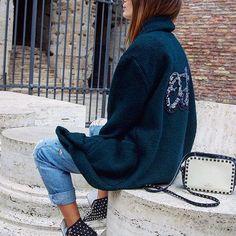 Il SABATO Fashion con ODI et AMO💗☀️😎 La nostra fedelissima @annadimegliooo con Cappotto Maglieria Verde, per un Natale al Caldo❄️☃️🎁🎄 Disponibile sul nostro sito: ▶️www.odietamoshop.com  #odietamofashion #odietamoisyou #womenswear  #womensfashion #top #cool #collection #totallook #fw16 #winter16 #mfw #onstage #follow #runway #top #glamour #fashion #style #ootd #outfit #beautiful #cute #love #instafashion #instamoment #model #blogger #stylish #shopping #shoppingonline