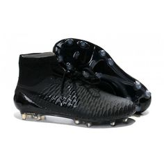 Développée par Nike en conjonction avec les plus grands joueurs au monde comprenant Andrés Iniesta et Mario Gétze, la nouvelle Magista Obra redétermine à quoi une chaussure de football ressemble. - 128.0000