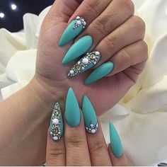 Looking for easy nail art ideas for short nails? Look no further here are are quick and easy nail art ideas for short nails. Hot Nails, Nude Nails, Stiletto Nails, Acrylic Nails, Matte Nails, Coffin Nails, Short Nail Designs, Nail Designs Spring, Nail Art Designs