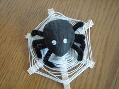 Halloween spider made from a walnut shell