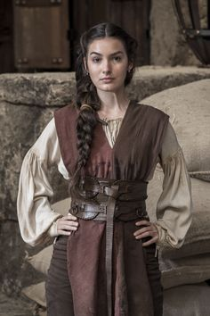 Pirate and/or Medieval Womens Costume Medieval Costume, Medieval Dress, Medieval Clothing, Female Viking Costume, Medieval Outfits, Medieval Hair, Gypsy Clothing, Medieval Fashion, Medieval Fantasy