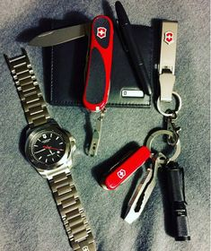 The ultimate #EDC from @BAWatchpix includes ALL #VictorinoxSwissArmy products. #MultiTool #VictorinoxWatch #SwissArmyKnife #MultiTool