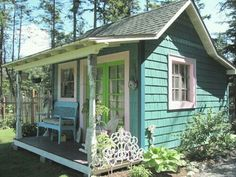 . Cabins And Cottages, Beach Cottages, Little Cottages, Small Cottages, Tiny Cabins, Little Houses, Micro Homes, Small Homes, Backyard Cottage