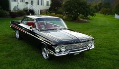 """1961 Chevy Impala """"bubble top"""", Black w/Chrome Accents   My favorite of the Impalas."""