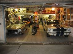 Bruce Meyer Garage and Hot Rods: Where you can advertise houses with big garages and other real estate including automotive buildings and businesses. Man Cave Shed, Man Cave Garage, Garage Shop, Car Garage, Dirt Bike Room, Dirt Bikes, Garage To Living Space, Old Hot Rods, Cool Garages
