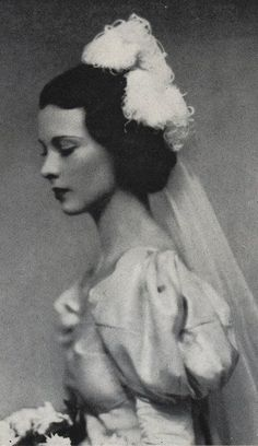 Vivien Leigh on her wedding day in 1932 (aged 19) to Herbert Leigh Holman.