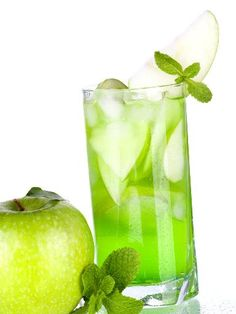 Apple Mint Fragrance Oil, A Grade: Only available in 16 oz. to 25 pound pricing Fragrance Notes: A mixture of fresh apple and mint. Summer Cocktails, Cocktail Drinks, Mojito, Apple Mint, Fresh Apples, Cold Process Soap, Party Drinks, Fragrance Oil, Alcohol