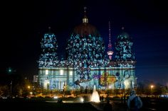 Berliner Dom /// Berlin Cathedral Church @ Berlin FESTIVAL OF LIGHTS 2009 (c) Festival of Lights / Christian Kruppa #Berlin #FestivalofLights #BerlinerDom #BerlinCathedralChurch
