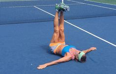 7 Core Exercises Every Tennis Player Should Do - 7 Core Exercises Every Tennis Player Should Do Improving your core strength can have a huge impact on your tennis game. These exercises will help you stay fierce on the court. Tennis Games, Tennis Party, Tennis Gear, Tennis Tips, Tennis Clubs, Sport Tennis, Tennis Clothes, Play Tennis, Tennis Players