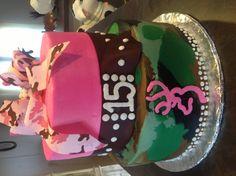 Girls camo cake