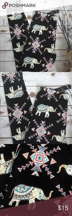 Elephants leggings New with tags. One size (2-10). Made 92% polyester 8% spandex. Pants Leggings