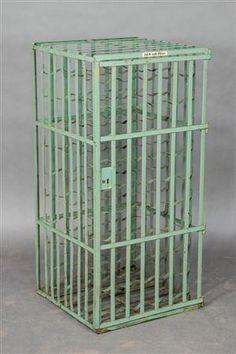Vare: 3971258Weinregal / Käfig, grün gefasstes Metall