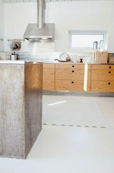 Annaleena's kitchen -- cupboards