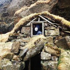 Travel fun.#icelandroadtrip #66north #icelandic #arctic #iceland #europe #vipicelandtour #auroraiceland #niceland #loveiceland #arcticphoto #arcticfriendly #touriceland #funny #traveliceland #tinyhouse #springiniceland by maiiceland_