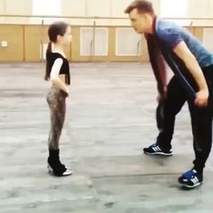 Amazing dance performance by cute girl. Tap Dance, Ballroom Dance, Just Dance, Dance Photos, Dance Pictures, Dancer Workout, Spanish Dance, Cool Dance Moves, Little Girl Dancing