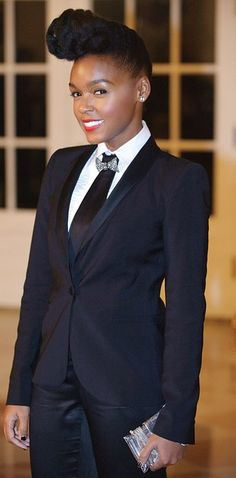 Janelle Monae | 23 Perfect Halloween Costume Ideas For People With Natural Hair