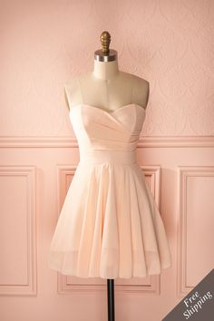 Echo Fishing - Light pink draped strapless dress Dama Dresses, Grad Dresses, Homecoming Dresses, Evening Dresses, Dress Outfits, Fashion Dresses, Bridesmaid Dresses, Formal Dresses, Cute Short Dresses