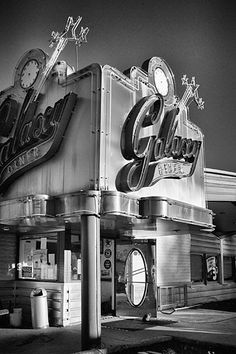 Galaxy Diner - Route 66 Flagstaff - Arizona