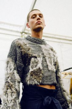 Marianne Tse-Laurence (Menswear), Emily Grieves (Mens Knitwear) 2015 / ​there's a new crop of London College of Fashion graduates … Knitwear Fashion, Knit Fashion, Runway Fashion, Fashion Art, Fashion Show, Mens Fashion, Fashion Design, Men's Knitwear, Fashion Styles