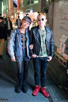 Friendly couple. <3 #leather jacket &  wearing acid wash with Tokyo Bopper platforms.