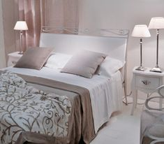 An Inviting Single Woman's Bedroom