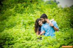 The luxurious colors in this photo by Samsara Photography, Mumbai #weddingnet #wedding #india #indian #indianwedding #prewedding #photoshoot #photoset #hindu #sikh #south #photographer #photography #inspiration #planner #organisation #invitations #details #sweet #cute #gorgeous #fabulous #couple #hearts #lovestory #day #casual