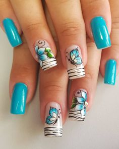 A imagem pode conter: uma ou mais pessoas e close-up Gel Nail Art, Easy Nail Art, Acrylic Nails, Pretty Toe Nails, Cute Nails, Nail Art Designs Videos, Nail Designs, Dragonfly Nail Art, Hair And Nails
