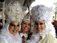 aangepast Hoofd tooi Carnaval Ina en ik IMG_2094