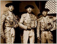 Centrana Matador Costume, Men In Tight Pants, Cute White Guys, Human Oddities, Male Ballet Dancers, Lycra Men, Hunks Men, Man Photography, Men In Uniform